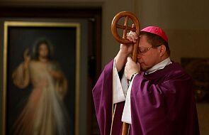 Piękne słowa abp. Rysia: nie mając dostępu do kapłanów, ofiar i świątyni, sami się nimi stajemy