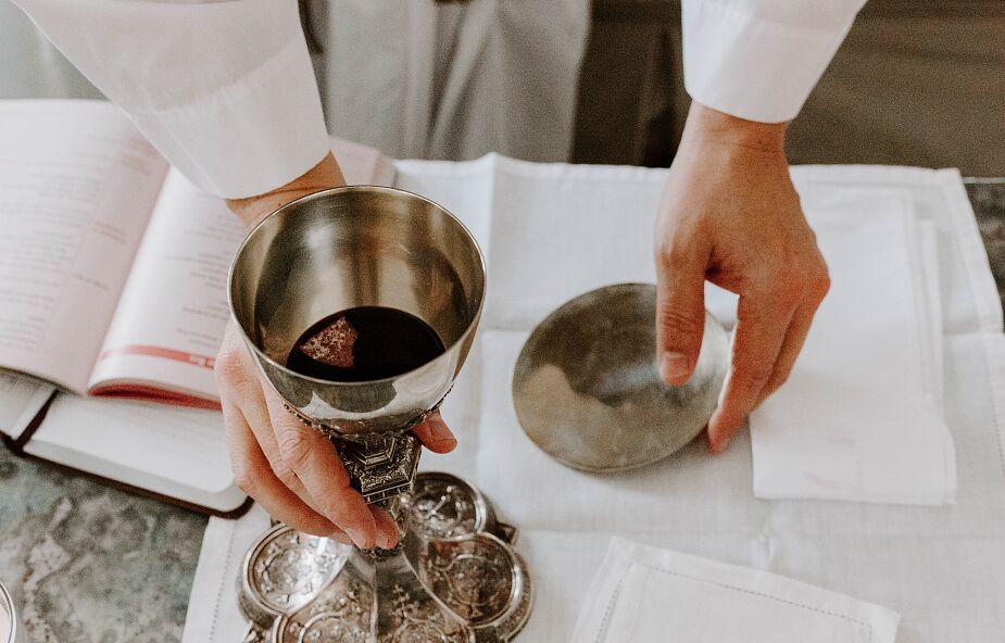 Msza ma moc niezależnie od tego, czy jesteś na niej w kościele