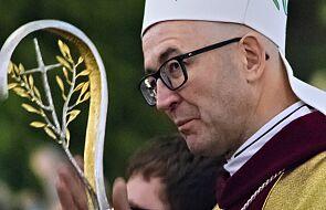 Bp Galbas: moja Biblia jest nieźle zniszczona. Poprosiłem, by dali mi ją do trumny