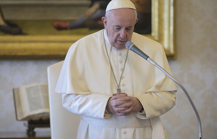 Watykan: papież nadal przyjmuje swoich współpracowników