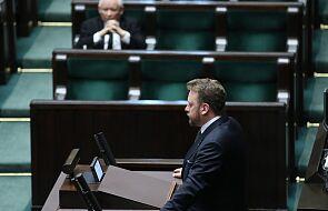 Minister Szumowski o komunii na rękę: Pan Jezus dotrze do nas różnymi drogami