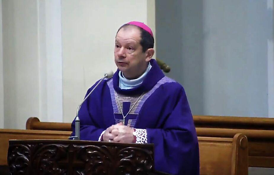Bp Olszowski: pandemia może rodzić pytanie o działanie i obecność Boga