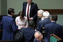 Politycy: tarcza antykryzysowa jest niewystarczająca; potrzebne kolejne rozwiązania