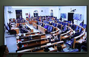 Senat za poprawkami do specustawy dot. wsparcia dla firm w związku z epidemią koronawirusa