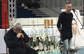 Znany muzyk podziękował ks. Pawlukiewiczowi pięknym utworem