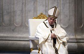 Papież modli się z ofiary trzęsienia ziemi w Indonezji