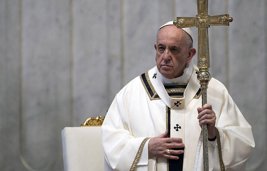 Papież o małżeństwach, które decydują się na adopcję: są pośrednikami miłości Boga