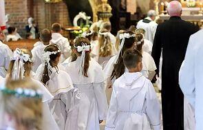 W diecezji płockiej pierwsze komunie i odnowienia przyrzeczeń chrzcielnych po wakacjach