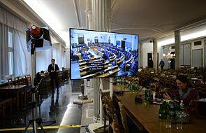Senat podjął uchwałę wzywającą rząd do decyzji ws. egzaminu ósmoklasisty i matur