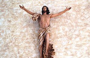 Spójrz na rany Jezusa