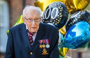 99-letni weteran zebrał 12 mln funtów dla służby zdrowia