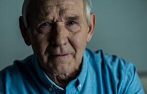 Znany psychoterapeuta o seniorach podczas epidemii: zakazy od wnuków są dla nich upokarzające