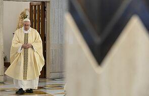 Ojciec Święty apeluje o podjęcie w maju modlitwy różańcowej