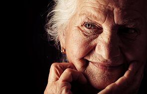 Swoją trzynastą emeryturę przeznaczyła na... zakupy dla medyków