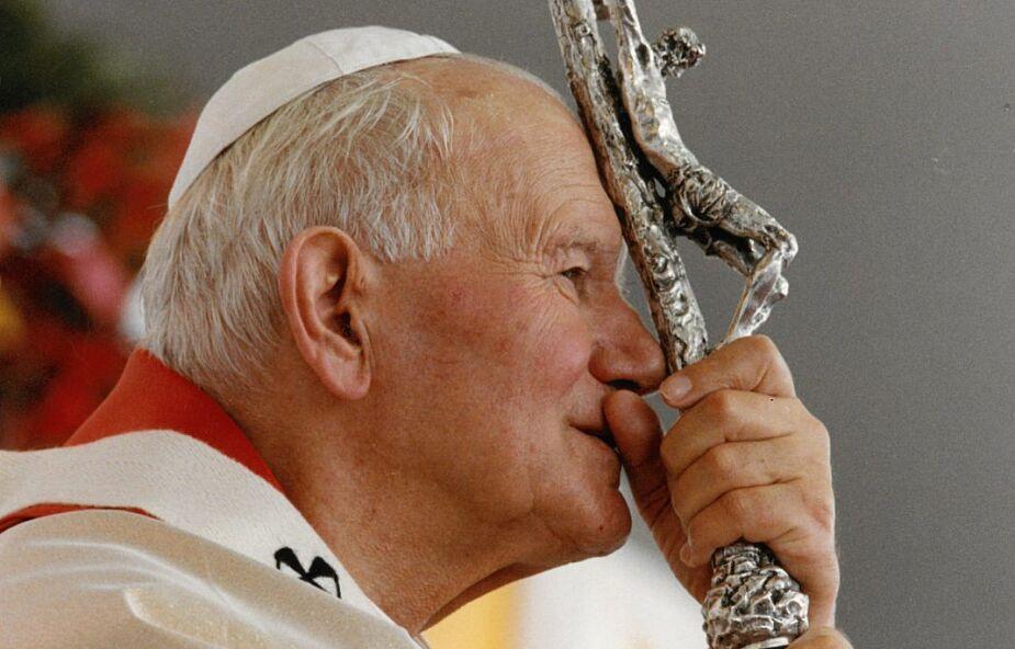 Patrzcie, jak są uczczeni przyjaciele Boży. Wywiad z Przewodniczącym Episkopatu we wspomnienie św. Jana Pawła II