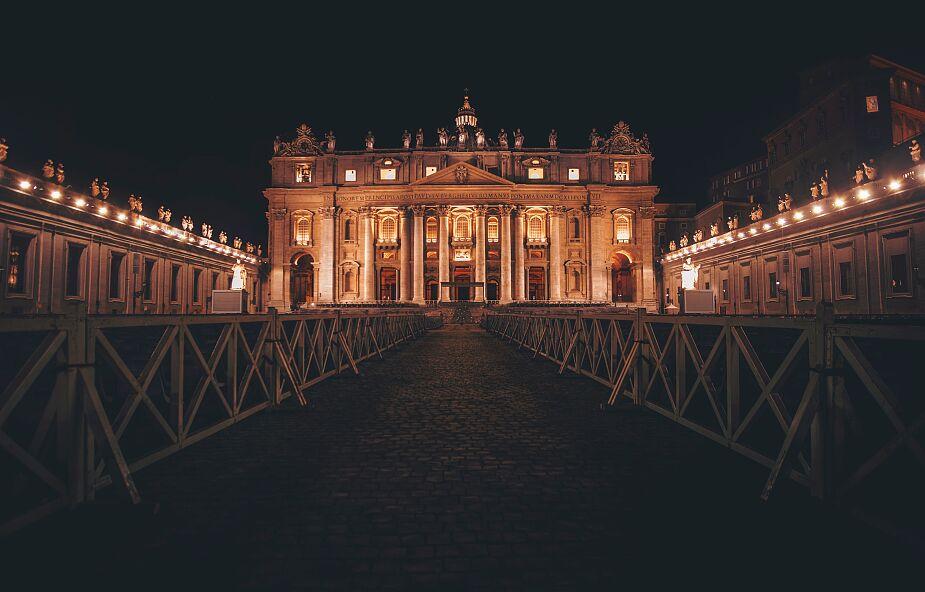 """W jakiej sytuacji finansowej znajduje się Watykan? """"Nie żyjemy, by ocalić budżet"""""""