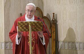 Papież: aby naprawdę się rozwijać, musimy wzrastać razem, dzieląc się z innymi