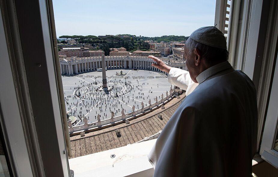 """Papież przypomina słowa św. Jana Pawła II: """"Niech zstąpi Duch Twój i odnowi oblicze ziemi!"""""""