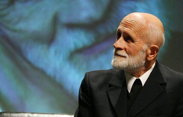 Piórkowski SJ: ks. Hryniewicz wywarł duże piętno na moim myśleniu o Bogu i Kościele