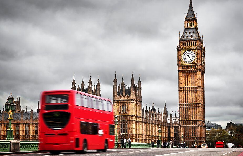 W. Brytania: Kolejne 215 osób zmarło na Covid-19, łącznie 38 376