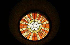 Zesłanie Ducha Świętego jest odpowiedzią na budowę Wieży Babel