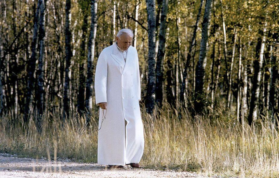 Jan Paweł II rozumiałby osoby w izolacji i kwarantannie. Biskupi napisali list z okazji rocznicy urodzin