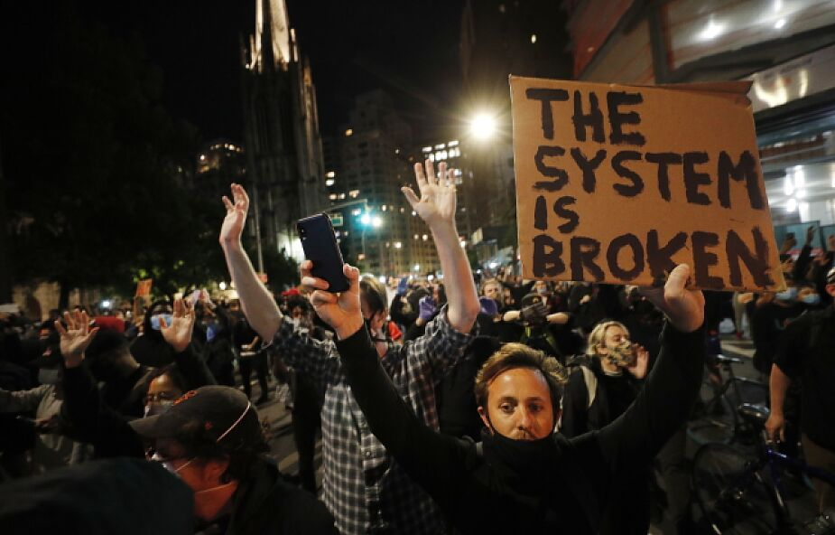 W Nowym Jorku wciąż protesty przeciw brutalności policji