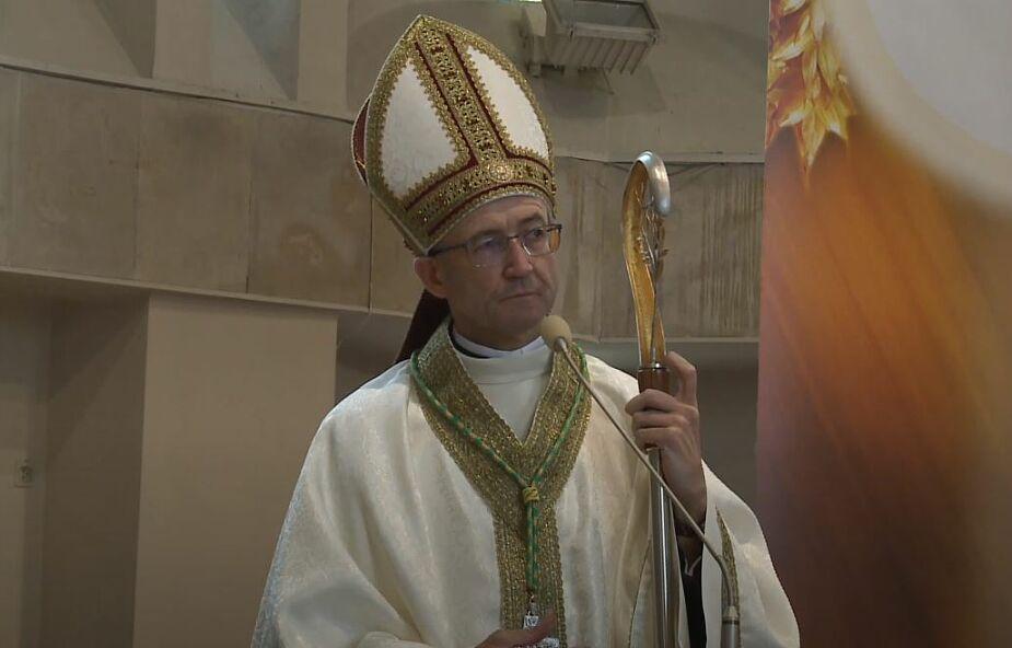 Bp Galbas: Franciszek zmienia Kościół przybliżając go do ludzi, bez warunków wstępnych