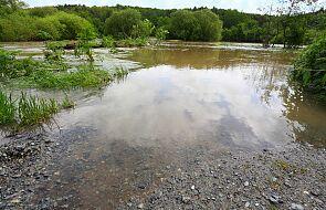 Opolskie: przekroczone stany alarmowe na kilku rzekach