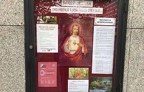 """Jak stoczyłam bitwę o plakat """"Zranionych w Kościele"""" w mojej parafii"""