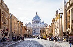 Benedykt XVI wrócił do Rzymu