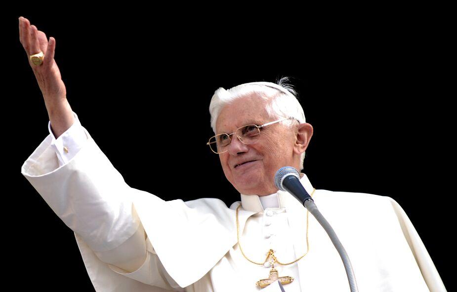 Papieski biograf: Benedykt XVI nie jest zimnym intelektualistą ale osobą emocjonalną i serdeczną