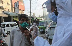 Szef WHO: sytuacja z pandemią koronawirusa na świecie się pogarsza