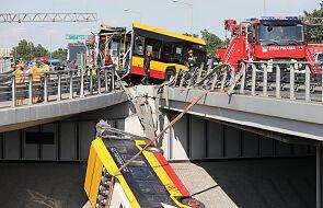 Źródła PAP: Kierowca autobusu, który spadł z S8, był pod wpływem amfetaminy