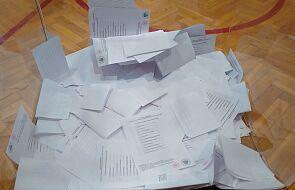 PKW: niedopuszczalne jest wprowadzanie dodatkowych rygorów sanitarnych w komisjach wyborczych