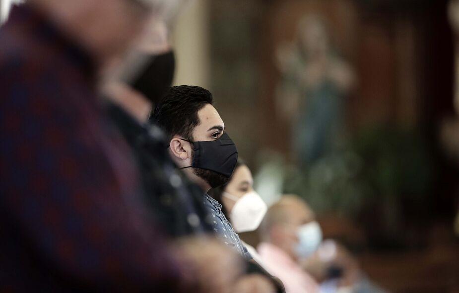 Wielka Brytania: twarde zasady udziału we Mszy św.