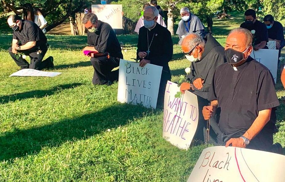 Ten biskup jako pierwszy dołączył do protestujących po śmierci George'a Floyda