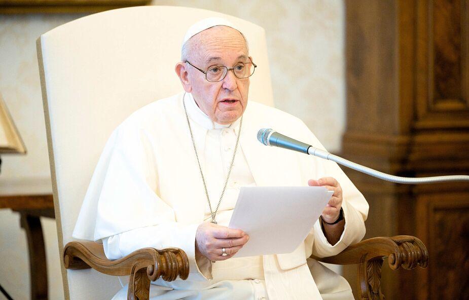 Papież: troszczmy się o środowisko rezygnując z łatwych zysków