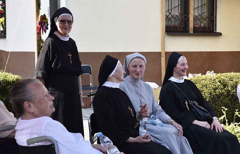 18 sióstr zakonnych i dwóch pensjonariuszy Domu Pogodnej Jesieni w Tuchowie jest zarażonych