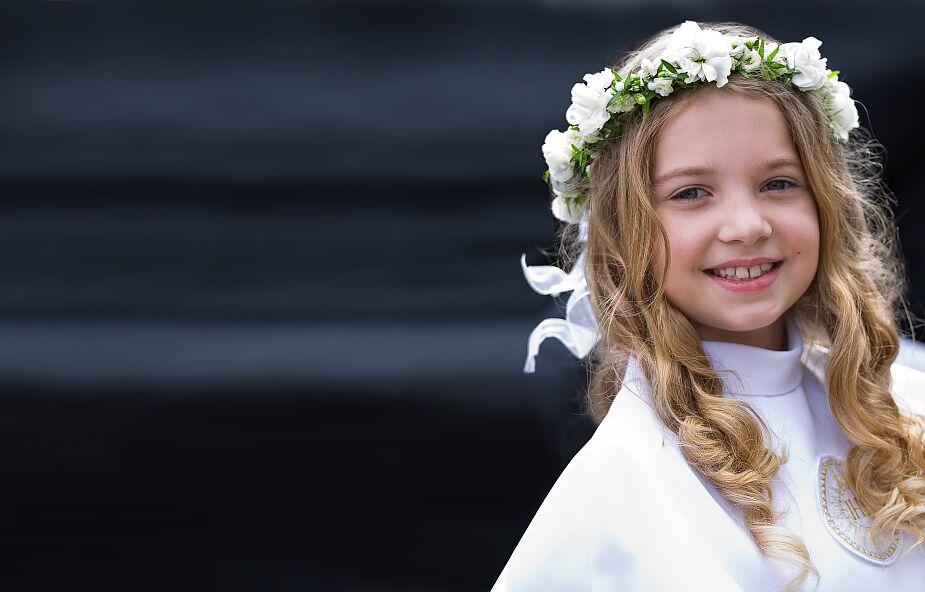 """Jak odkryć """"złoty okres wiary"""" dziecka i indywidualnie przygotować je do Komunii świętej? [WYWIAD]"""