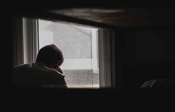 """Czy depresja to """"noc ducha""""? Odpowiada ks. Krzysztof Grzywocz"""