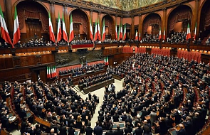 Włochy: w parlamencie odczytano nazwiska 173 lekarzy zmarłych podczas epidemii