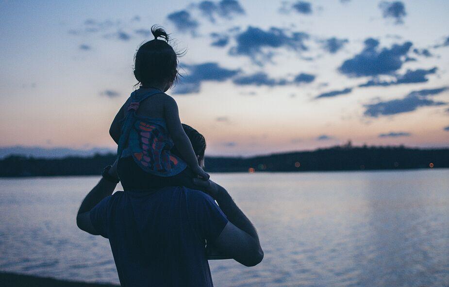 Adam Szustak OP: to najważniejsza rzecz, którą ojciec powinien przekazać córce