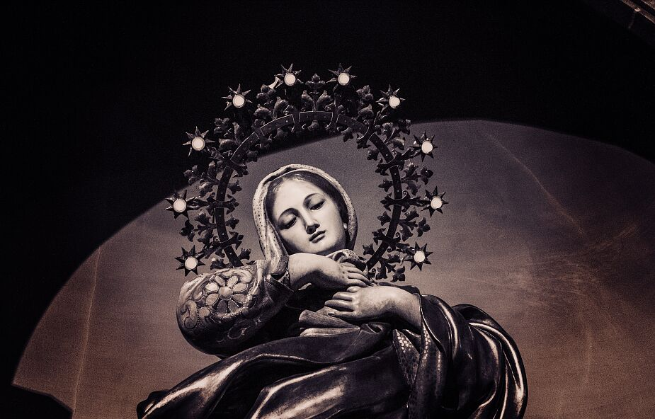 Słyszałeś o tych objawieniach Maryi? Doprowadziły do wielu nawróceń i uzdrowień