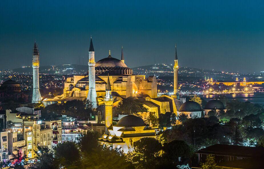 Hagia Sophia mecztem? - sąd odłożył decyzję, naciski na prezydenta