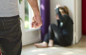 Hiszpania: w okresie epidemii wzrosła liczba zgłoszeń przypadków przemocy domowej
