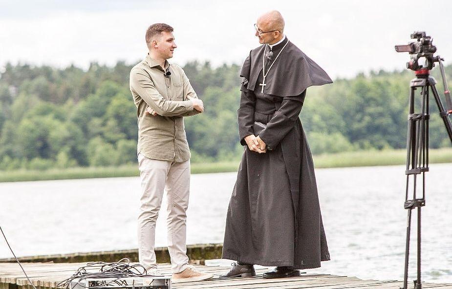 Bp Galbas: nawróciłem się w czasie sakramentu