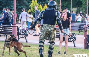 Córki, matki, żony, babcie, singielki... Protesty na Białorusi mają twarz kobiet