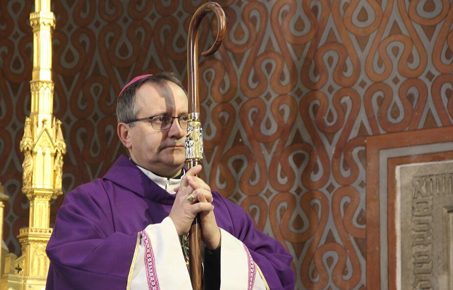 Bp Muskus: nie ma dziś pilniejszego zadania niż rozliczenie się z bolesną historią Kościoła