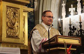 Bp Muskus: życzmy sobie by Kościół nie kojarzył się z władzą, a władza z Kościołem